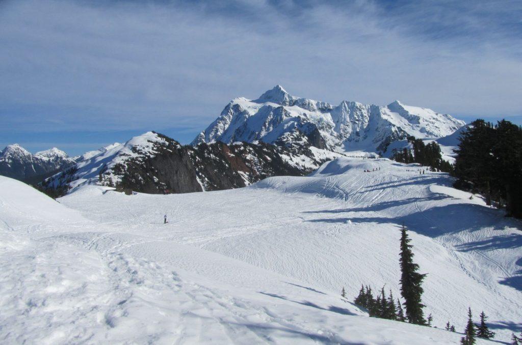 snowshoeing north cascades - mt shuksan